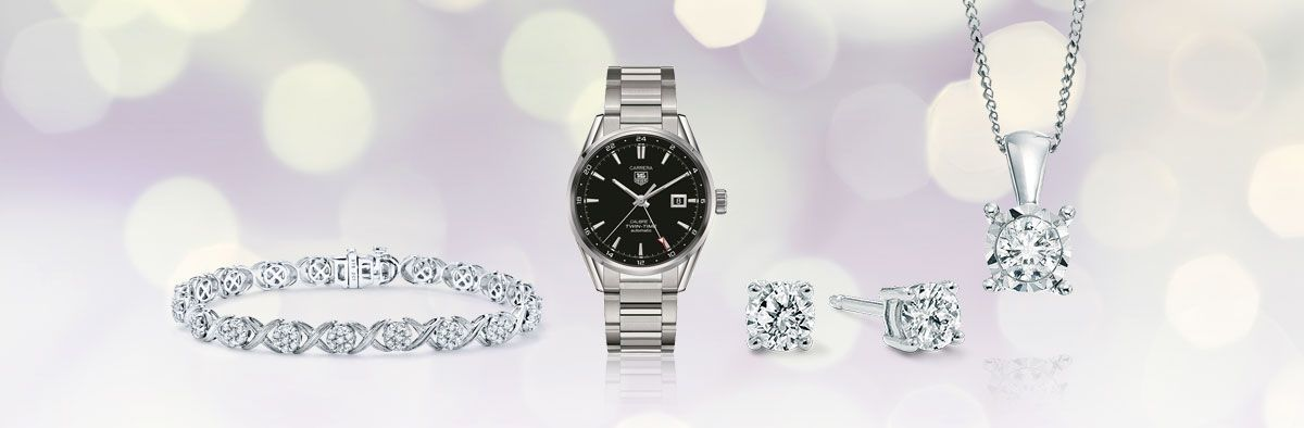 Create an elegant style with the perfect combination of classic jewellery and watches