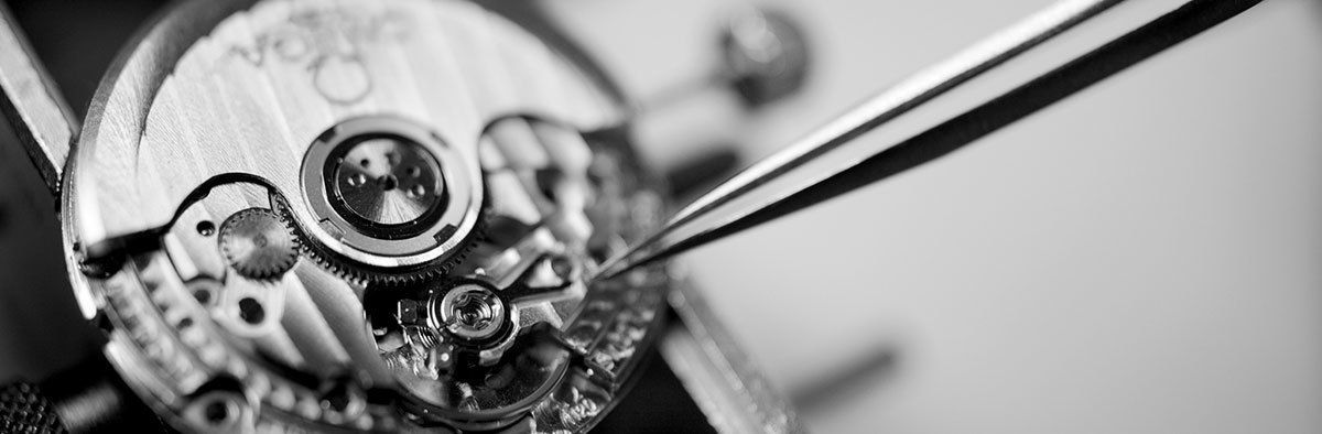 Expertly handcrafted by the most skilled watch craftsman - Swiss made watches