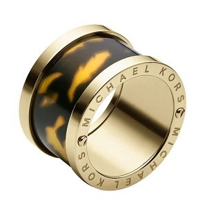 Gold ring with tortoiseshell band