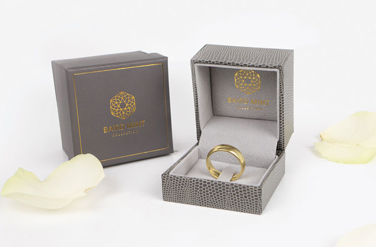 wedding ring with box