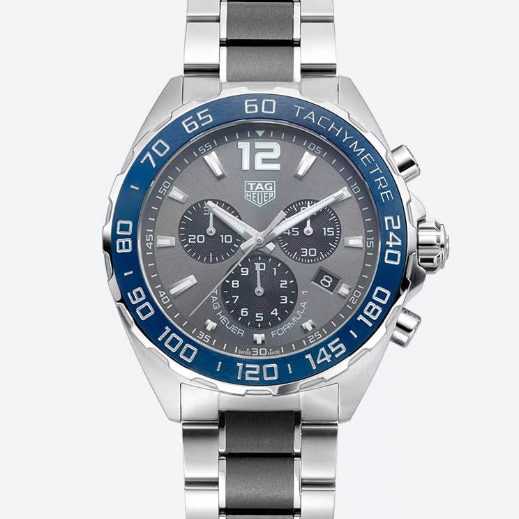 TAG Heuer Exclusive Formula 1 watch front view
