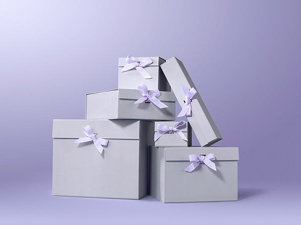 Gift box with wraping