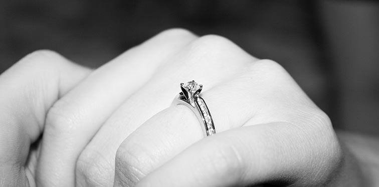 Design your own engagement ring guide